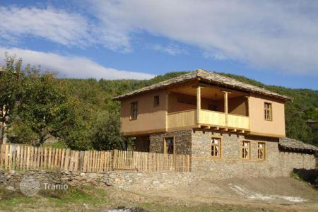 Houses for sale in Blagoevgrad. Townhome - Leshten, Blagoevgrad, Bulgaria