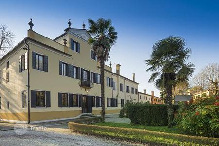 Luxury residential for sale in Veneto. Villa - Venice, Veneto, Italy