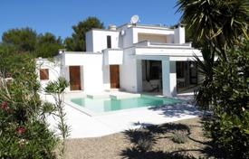 Apartments with pools for sale in Apulia. Villa with a swimming pool in the green of Salento, Castrignano del Capo, Italy