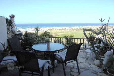 2 bedroom houses for sale in Chloraka. 2 Bed Townhouse Unobstructed Sea Views Melanos