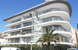 Cannes Palm Beach area for 795,000 €