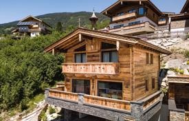 Charming for/five-bedroom chalet next to the Ski slope in the ski region Wildkogel. Attractive Investment. for 998,000 €