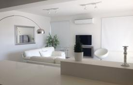 Penthouses for sale in Nicosia (city). 2 Bed Top floor Modern Apartment in Lykavitos