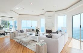 Villa on the shores of the Pacific Ocean in Malibu for 4,250,000 $
