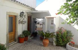 5 bedroom houses for sale in Algarve. Perfect B&B Potential- Quinta with 5 Bedrooms in São Brás