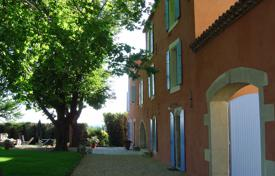 Property for sale in Languedoc - Roussillon. Country seat – Nimes, Languedoc — Roussillon, France