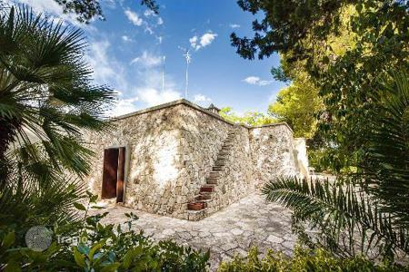 3 bedroom houses for sale in Apulia. Villa for sale in Apulia, in Surbo, 5 km from Lecce