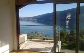 Coastal residential for sale in Denovici. Apartment – Denovici, Herceg-Novi, Montenegro