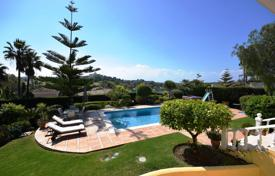 Luxury houses for sale in Malaga. Family Villa with Sea View El Paraiso Alto