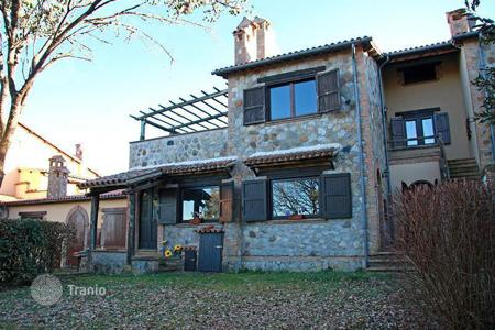 Residential for sale in Ficulle. Countryhouse for sale in Umbria near Tuscany