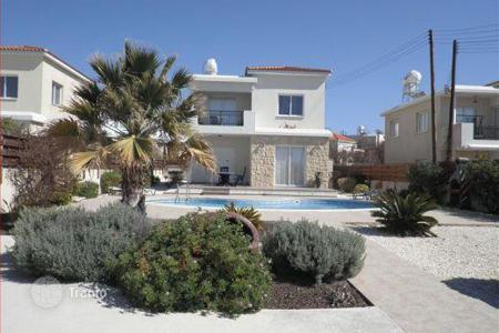 Coastal property for sale in Kissonerga. Walking Distance to Beach 3 Bedroom Villa — Chlorakas Sunset