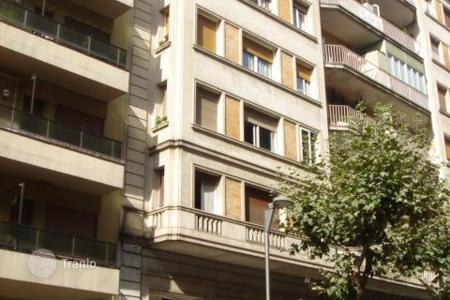 Bank repossessions apartments in Barcelona. Apartment – Barcelona, Catalonia, Spain