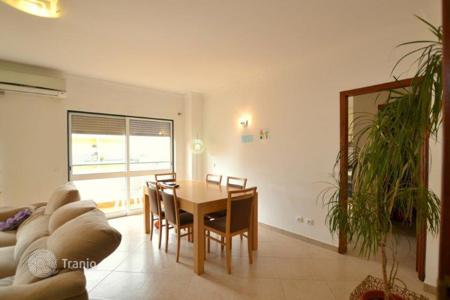 Townhouses for sale in Portugal. Terraced house - Albufeira, Faro, Portugal