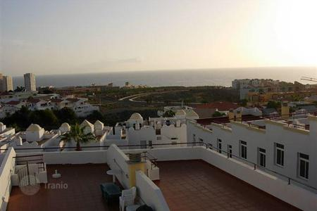 Residential for sale in Callao Salvaje. Terraced house – Callao Salvaje, Canary Islands, Spain