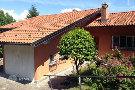 Houses for sale in Ghiffa. Villa – Ghiffa, Piedmont, Italy