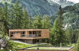 Villas and houses for rent with swimming pools in Central Europe. Detached house – Kals am Großglockner, Tyrol, Austria