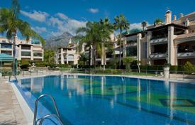 Apartments with pools for sale in Marbella. Duplex Penthouse for sale in Lomas de Sierra Blanca, Marbella Golden Mile
