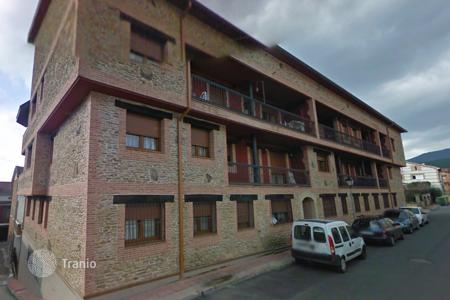 Foreclosed 3 bedroom apartments for sale in Arenas de San Pedro. Apartment – Arenas de San Pedro, Castille and Leon, Spain