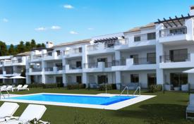 New home from developers for sale in Spain. Spacious the 2 and 3 bedroom apartments in a peaceful location near Elviria Beach with beautiful sea and mountain views