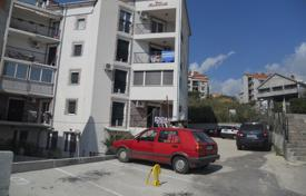 Apartments with pools for sale in Igalo. Apartment – Igalo, Herceg-Novi, Montenegro