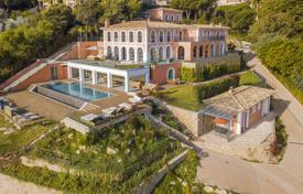 Villa – Vallauris, Côte d'Azur (French Riviera), France. Price on request