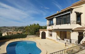 5 bedroom houses for sale in Benitachell. Villa of 5 bedrooms with private pool with views over the sea in Benitachell