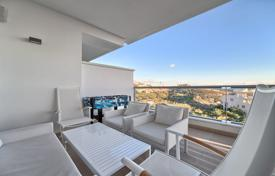 New homes for sale in Spain. Brand-new Stylish Apartment — Los Arqueros Golf