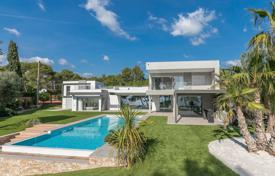 Luxury property for sale in Saint-Raphaël. Close to Cannes — Waterfront property