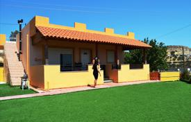 2 bedroom houses for sale in Southern Europe. Detached house – Ierapetra, Crete, Greece