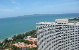 Condos for rent in Chonburi. Studio with a view of the sea and the city, in a guarded condominium with a parking, bars and cafes, near the beaches, Pattaya, Thailand
