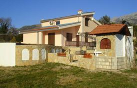 3 bedroom houses for sale in Bar. House with swimming pool in the Bar