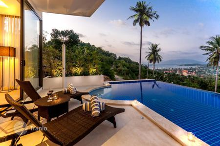 Villas and houses with pools by the sea to rent in Thailand. Award winning Pool Villa