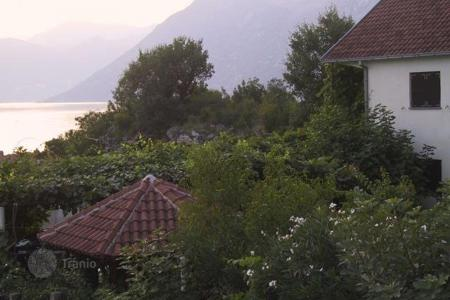 Coastal residential for sale in Kotor. Townhome – Kotor (city), Kotor, Montenegro
