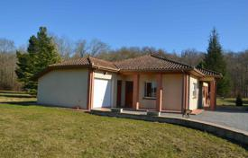 2 bedroom houses for sale in France. Modern villa with a picturesque garden, next to a small river and 5 minutes drive from Castelnau-Magnoac, Hautes-Pyrénées, France