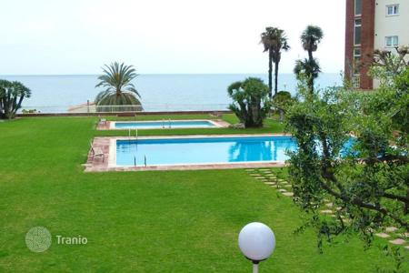 Coastal apartments for sale in Costa del Maresme. Flat in Sant Andreu de Llavaneres, Barcelona just 50 meters from the beach