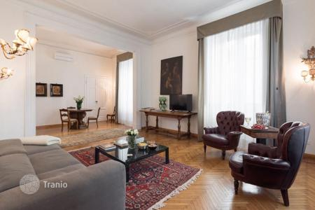 6 bedroom apartments to rent overseas. Apartment – Florence, Tuscany, Italy