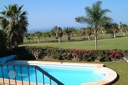 Luxury 3 bedroom houses for sale in Canary Islands. Villa – Adeje, Canary Islands, Spain