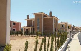 Townhouses for sale in Majorca (Mallorca). A private residential estate located on the Manacor coast