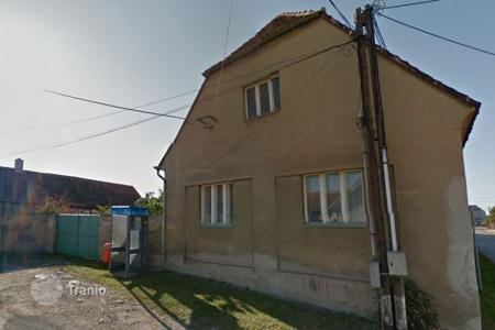 Cheap houses for sale in the Czech Republic. Townhome - Beroun, Central Bohemia, Czech Republic