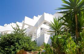 2 bedroom apartments for sale in Majorca (Mallorca). Renovated apartment with a terrace in a residential complex with a garden, a pool and a parking, Cala Vinas, Spain