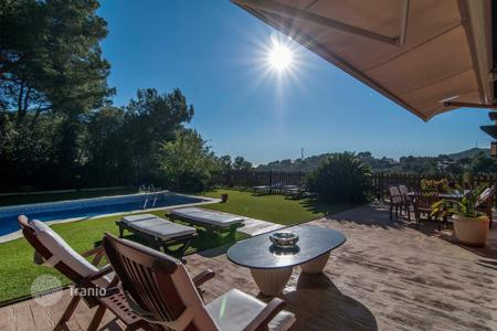 Luxury houses for sale in Catalonia. Villa – Castelldefels, Catalonia, Spain
