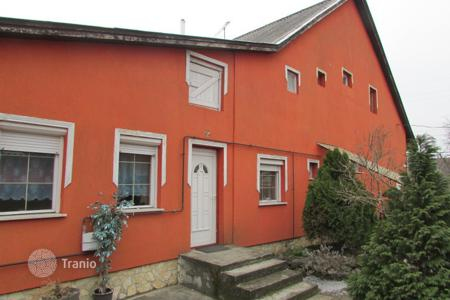 Property for sale in Monorierdő. Detached house – Monorierdő, Pest, Hungary