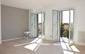 1 bedroom apartments for sale in Bordighera. One bedroom apartment with private terrace and balcony near the city center of Bordighera, Liguria, Italy