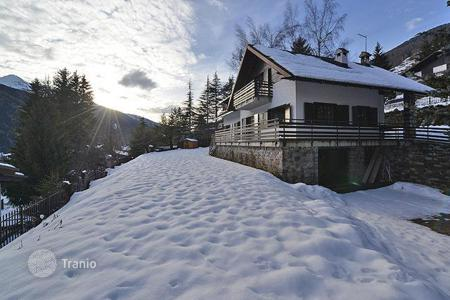 Luxury property for sale in Lombardy. Villa – Ponte di Legno, Lombardy, Italy