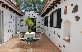 Property for sale in Vilaflor. Villa – Vilaflor, Canary Islands, Spain