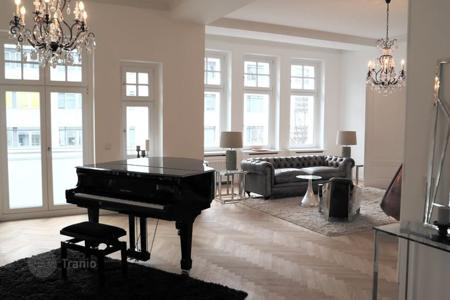 Apartments to rent in Germany. ELEGANT RESIDENCE IN PARISER STR, CHARLOTTENBURG