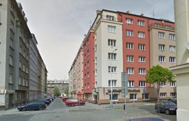 Apartments with pools for sale in Praha 3. Apartment – Praha 3, Prague, Czech Republic