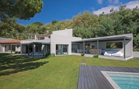 Luxury houses for sale in Cannes. Cannes — Panoramic sea view