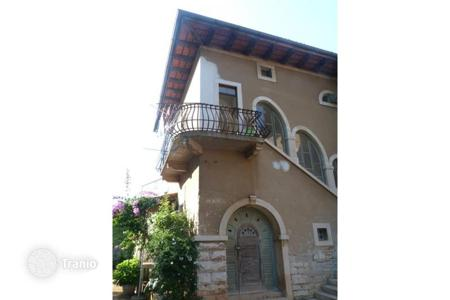 Cheap residential for sale in Pula. Apartment – Pula, Istria County, Croatia