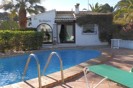 Property for sale in Senija. Detached villa of 3 bedrooms with private pool in Benissa
